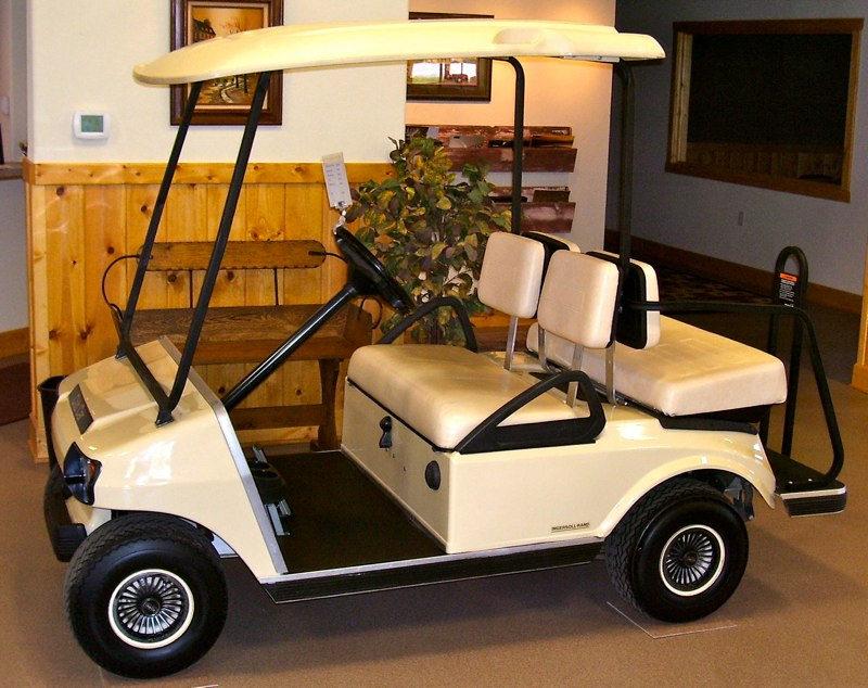 Gas powered 2001-2004 golf carts for sale by Brown's Service Wisconsin Golf