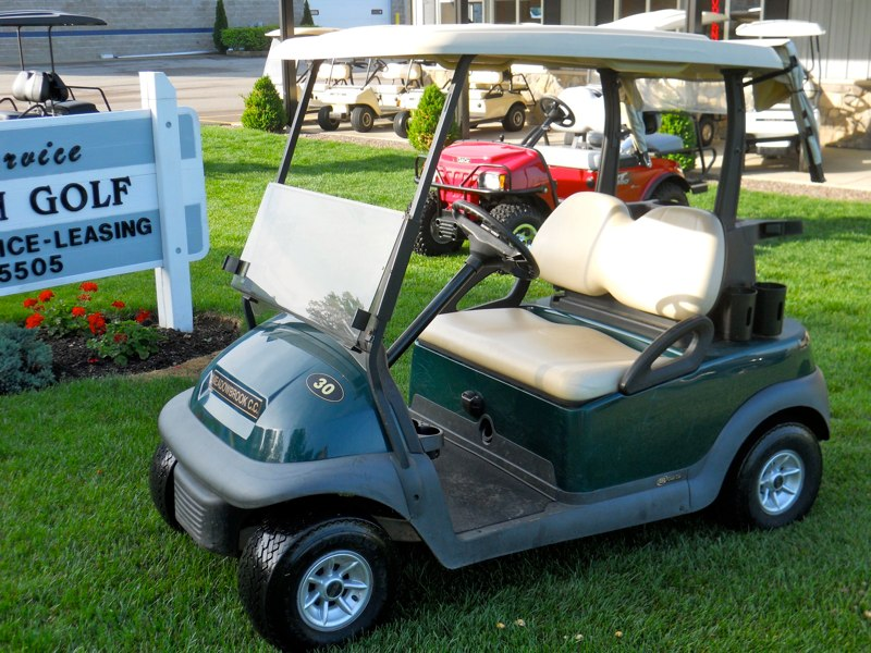 2010 electric Precedent golf cart for sale