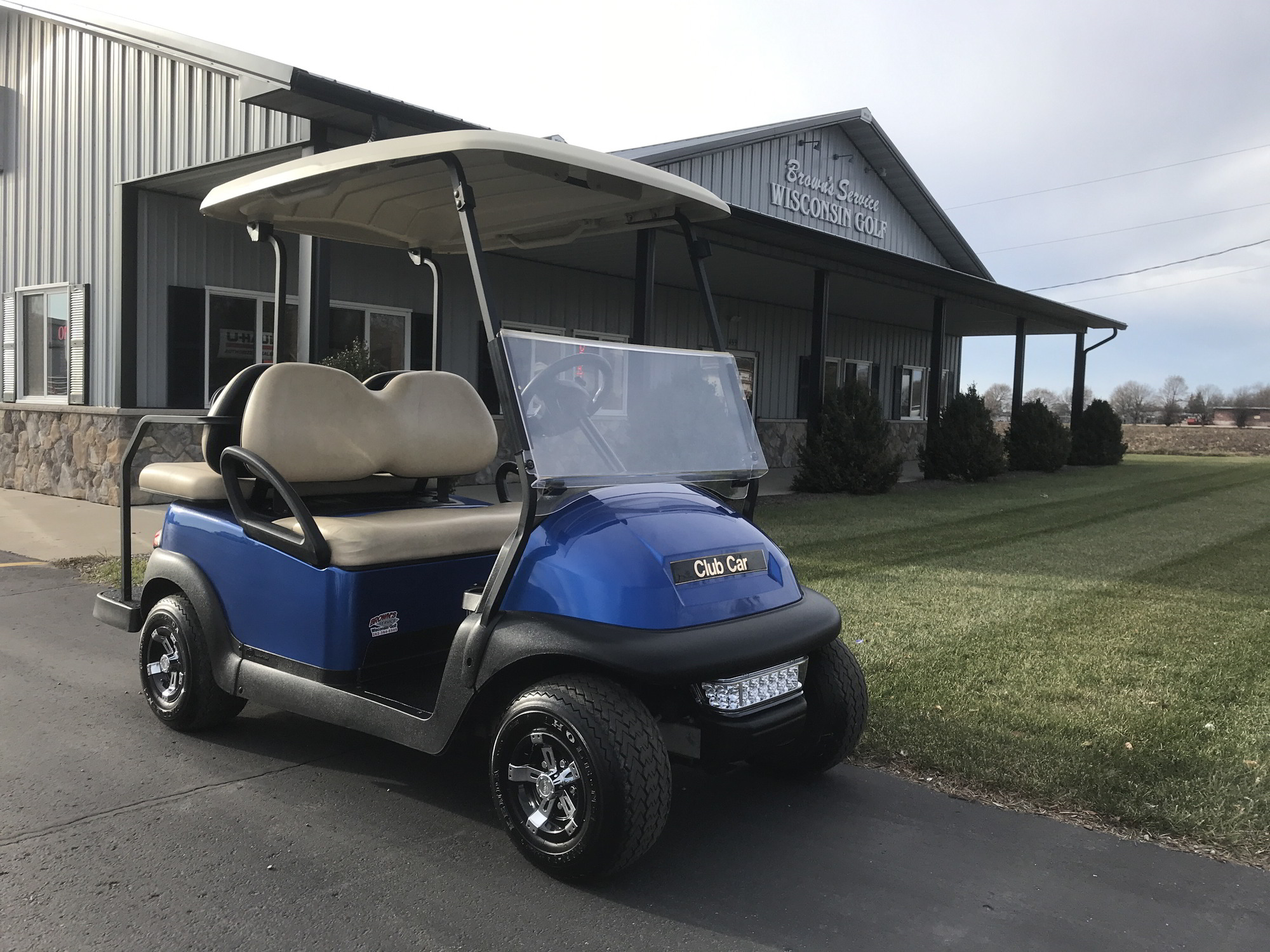 blue pearl cart for sale in Wisconsin with OEM rear seat